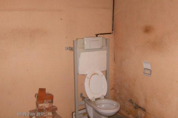 3. Toilet voor